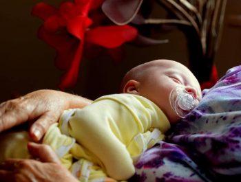 Prezent dla niemowlaka – co kupić?